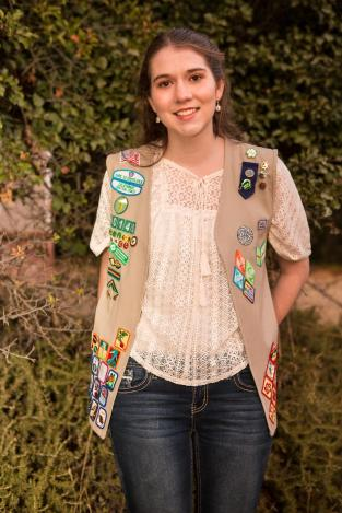 alexis senior pic girl scout
