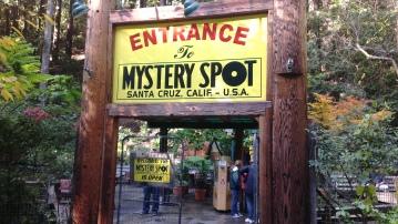 Entrance_of_mystery_spot,USA