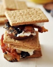 peanut-butter-banana-smores-recipe